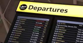 uk-local-airport-transfers-departures-board